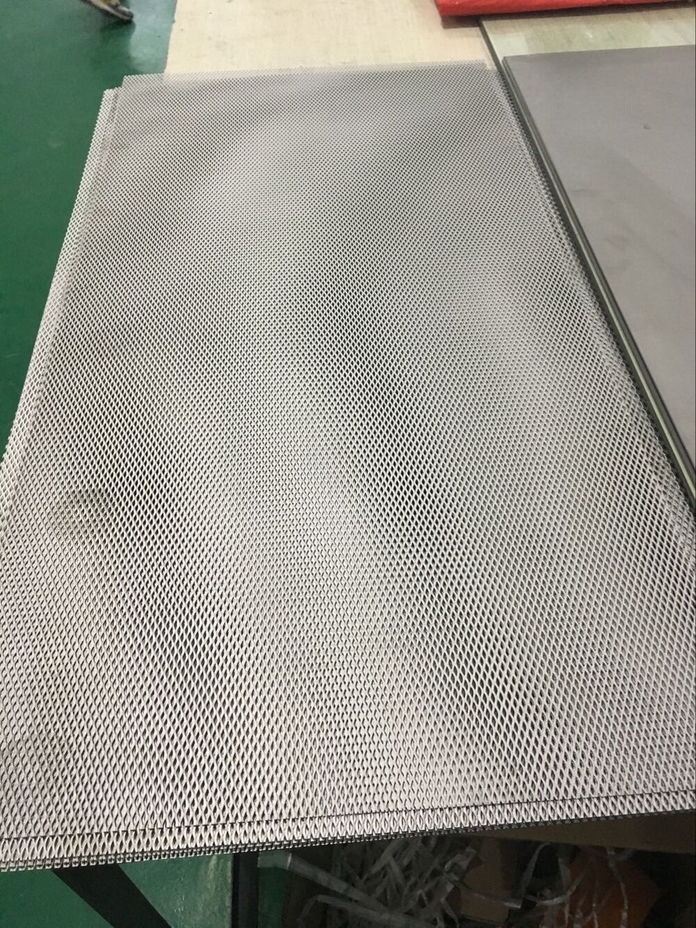Customerized size titanium mesh plate with high quality